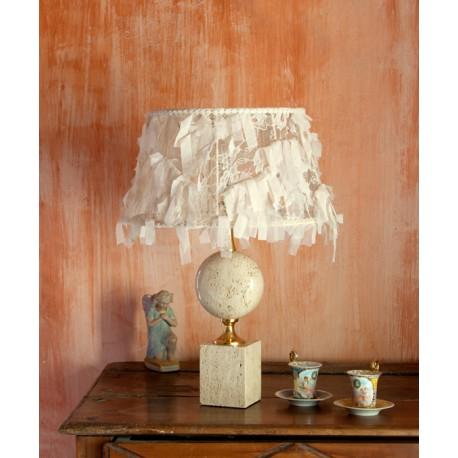 Lampe C